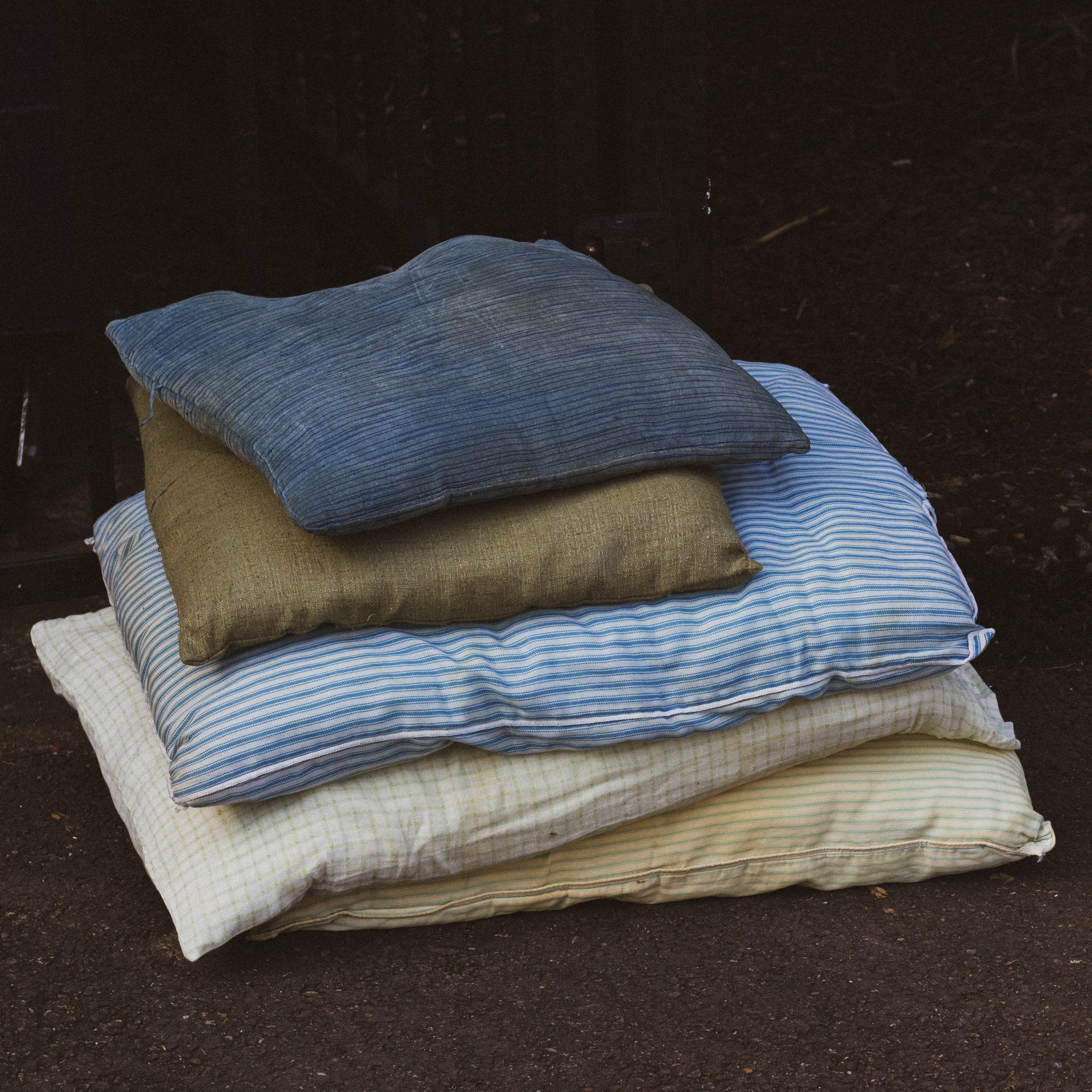 La importancia de lavar las almohadas