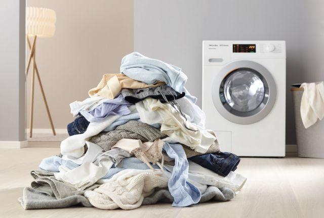 ¿Usas tu lavadora correctamente? Los errores más comunes al lavar la ropa